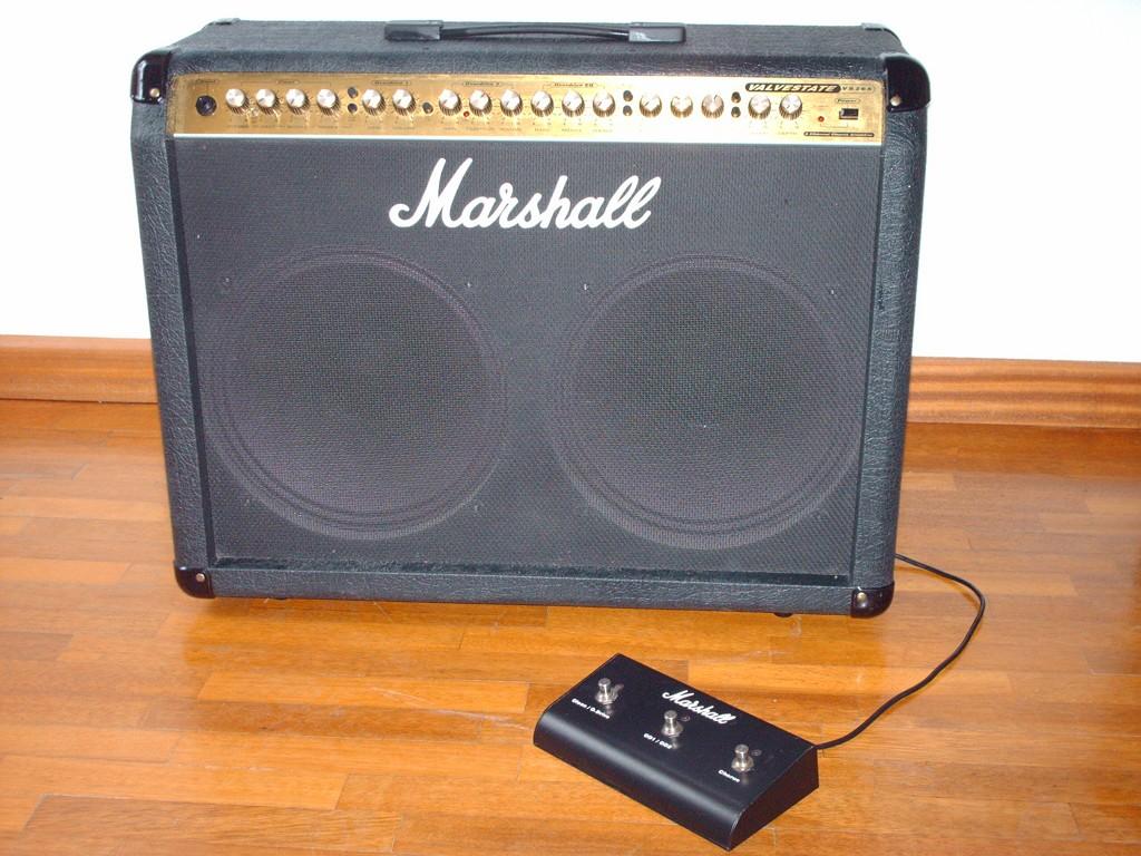 Naprawa pieca gitarowego Marshall Valvestate VS265